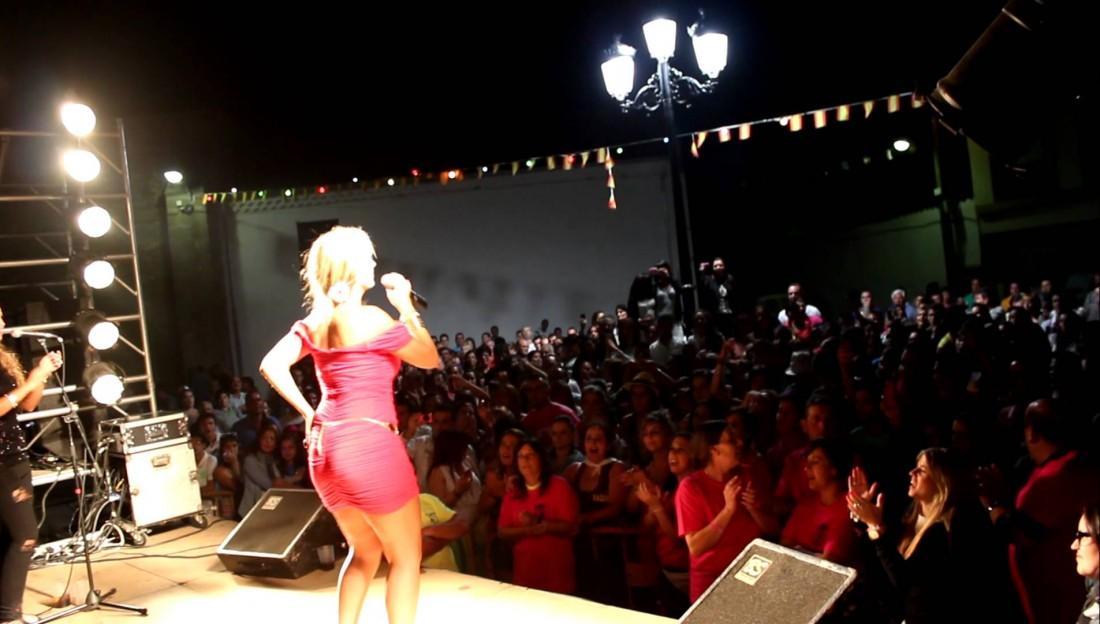 Espectaculo RadioOle, El Albero Flamenco, trajes de flamenca y comuniones.